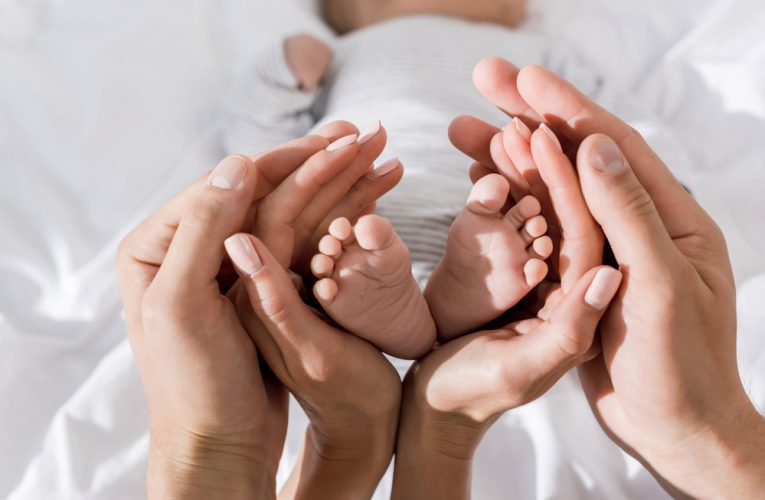 Stvari koje će vam pomoći u prvim mesecima sa bebom
